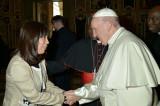 世界の薬物問題に心を寄せるローマ教皇です